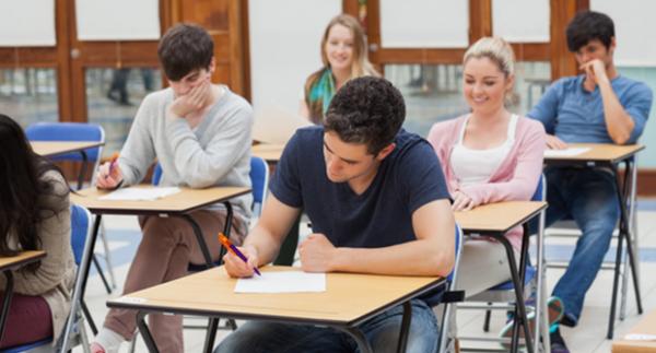 Középiskolai felvételi pontok kalkulátor