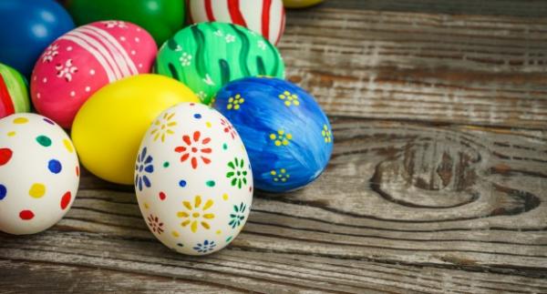 húsvéti képek küldése Húsvéti képeslap, üdvözlőlap küldése Facebookon, emailban húsvéti képek küldése